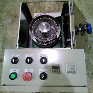 小型ディップスピンコーターのデモ機、操作パネル1。