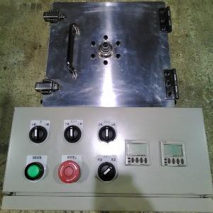 小型ディップスピンコーターのデモ機、操作パネル2。