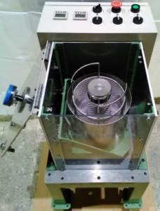 小型ディップスピンコーターのデモ機、側面3。
